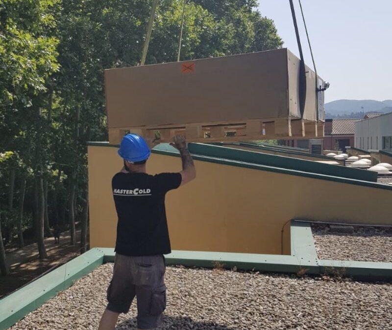 Grupo MasterCold, Instalación de recuperador de aire en centro educativo de Sant Celoni, para cumplimiento de normativa