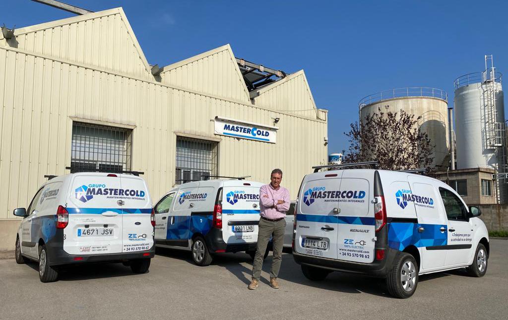 Grupo MasterCold amplia su flota de vehículos 100% eléctricos, con cero emisiones, comprometiéndonos con el medio ambiente y siendo un referente en el sector de instalaciones y mantenimientos
